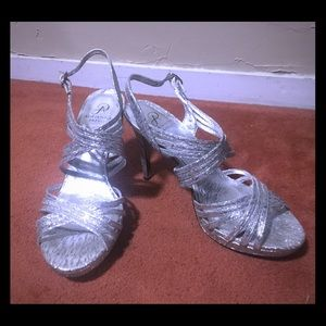 Gorgeous sparkling silver heels